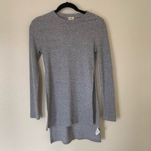 O'Neill small split side grey sweater long sleeve